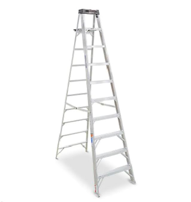Where to find LADDER, 10  ALUM STEP in Chicago